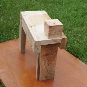 Peening bench Front